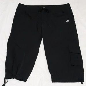 Nike Black Capri Drawstring  Side Pocket Pants XL